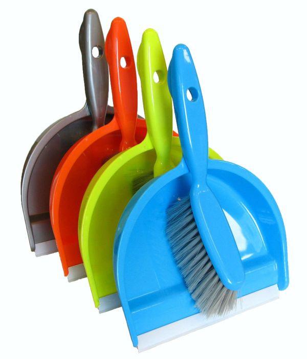 Dustpan / brush / rubber / ass.colours