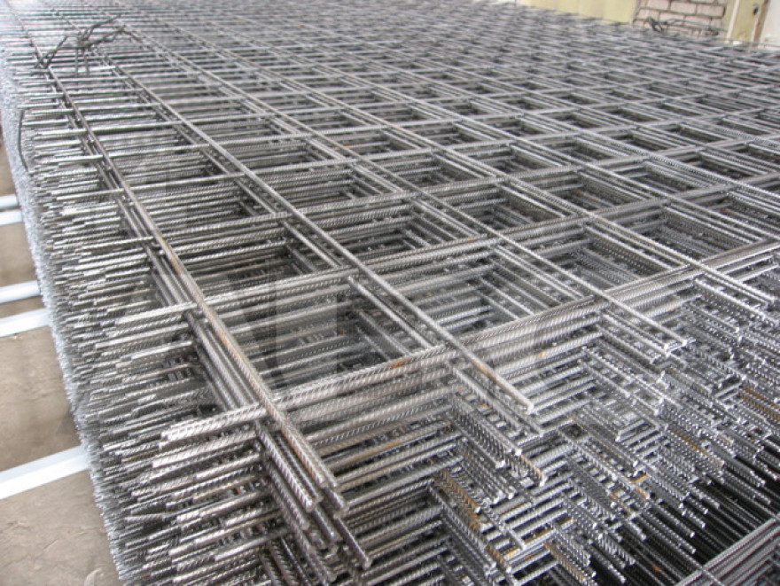 Reinforcing mesh 4 mm, eye 100x100 mm, 1x3 m