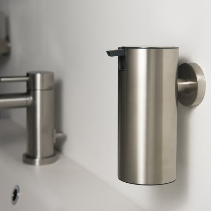 Дозатор для жидкого мыла BOSTON L-240 мл, нержавеющая сталь матовая
