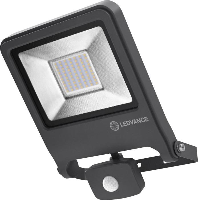 Prožektors LEDVANCE 50W 4500ln 3000K 120⁰ IP44 ar kustības sensoru melns